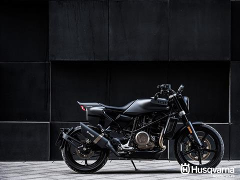 2019 Husqvarna Svartpilen 701 in Hialeah, Florida - Photo 3