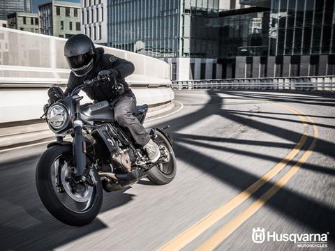 2019 Husqvarna Svartpilen 701 in Farmington, New York - Photo 5