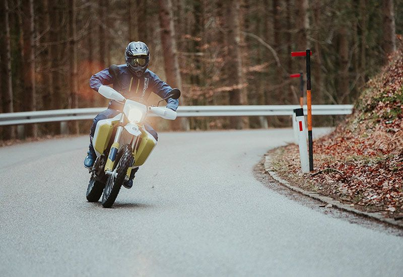 2020 Husqvarna 701 Enduro LR in Wenatchee, Washington - Photo 2