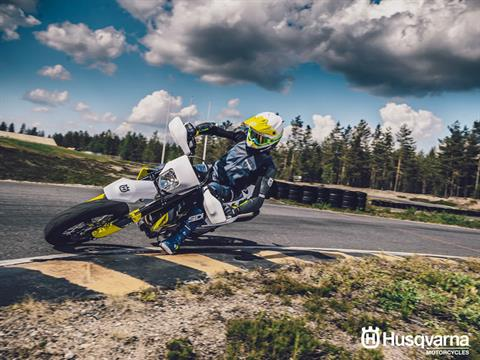2020 Husqvarna 701 Supermoto in Chico, California - Photo 3