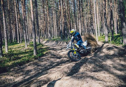 2021 Husqvarna 701 Enduro in Farmington, New York - Photo 7