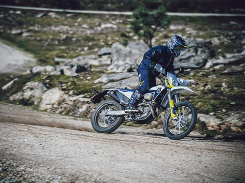 2021 Husqvarna FE 350s in Berkeley, California - Photo 6