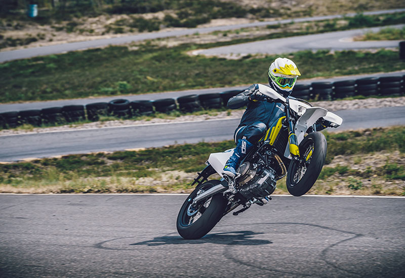 2021 Husqvarna 701 Supermoto in McKinney, Texas - Photo 4