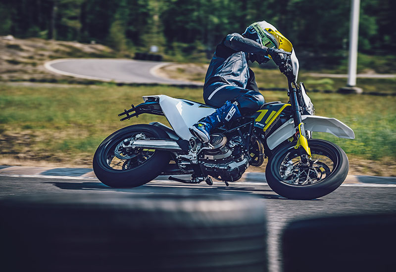 2021 Husqvarna 701 Supermoto in Ukiah, California - Photo 5