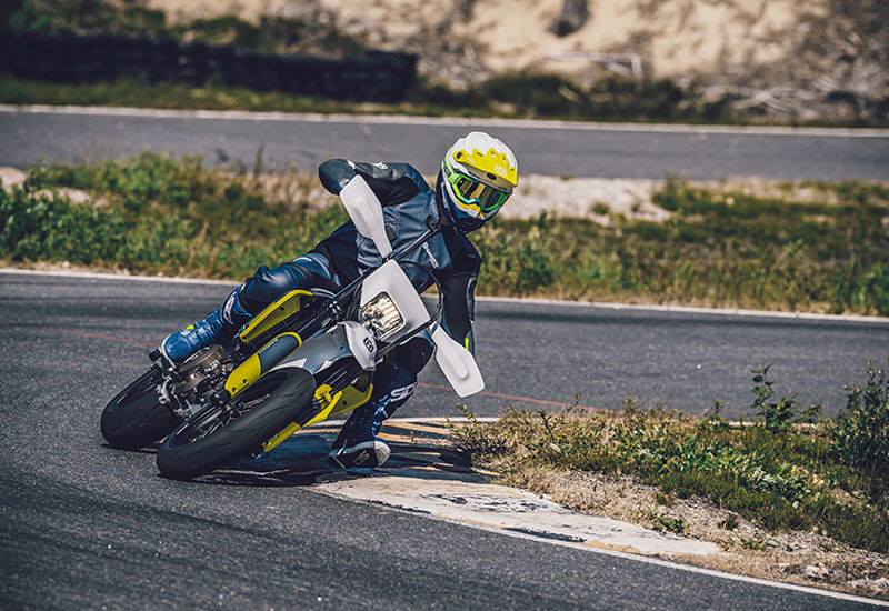 2021 Husqvarna 701 Supermoto in McKinney, Texas - Photo 6
