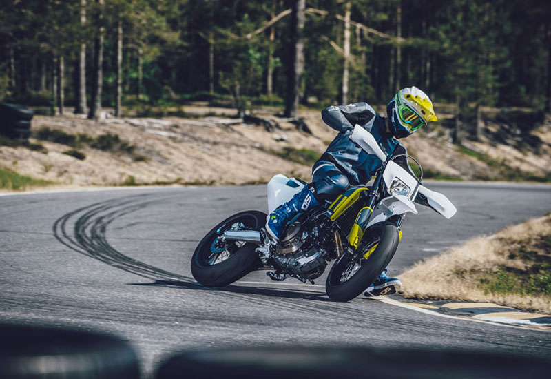 2021 Husqvarna 701 Supermoto in McKinney, Texas - Photo 7