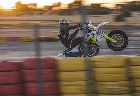 2021 Husqvarna FS 450 in Chico, California - Photo 3