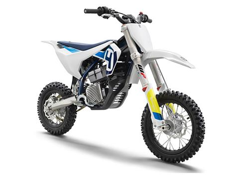 2022 Husqvarna EE 5 in Bozeman, Montana - Photo 3