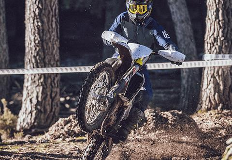2022 Husqvarna FX 450 in Woodinville, Washington - Photo 7