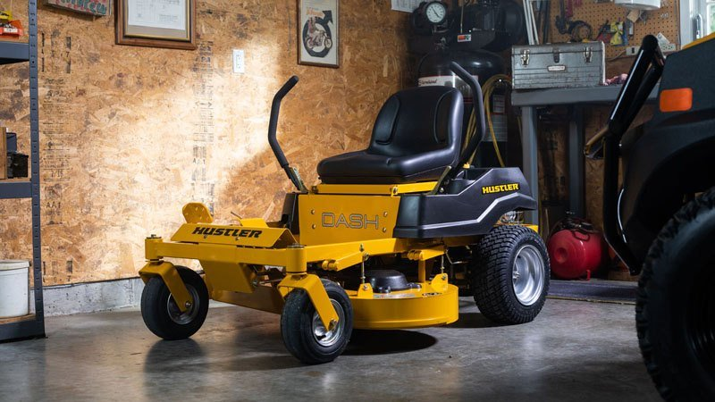 2019 Hustler Turf Equipment Dash 34 in. Briggs & Stratton PowerBuilt Zero Turn Mower in Mazeppa, Minnesota - Photo 9