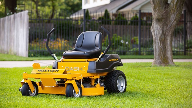 2019 Hustler Turf Equipment Dash 42 in. Briggs & Stratton PowerBuilt Zero Turn Mower in Hillsborough, New Hampshire - Photo 9