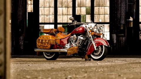 2015 Indian Chief® Vintage in Pasco, Washington - Photo 2