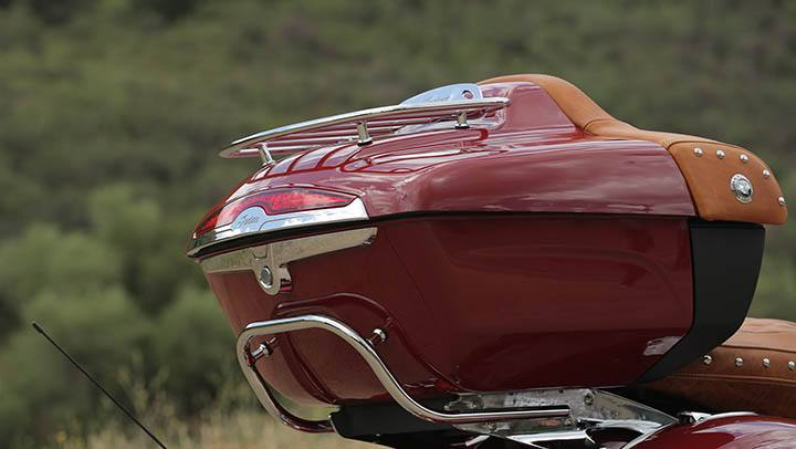 2015 Indian Roadmaster™ in Waynesville, North Carolina - Photo 11