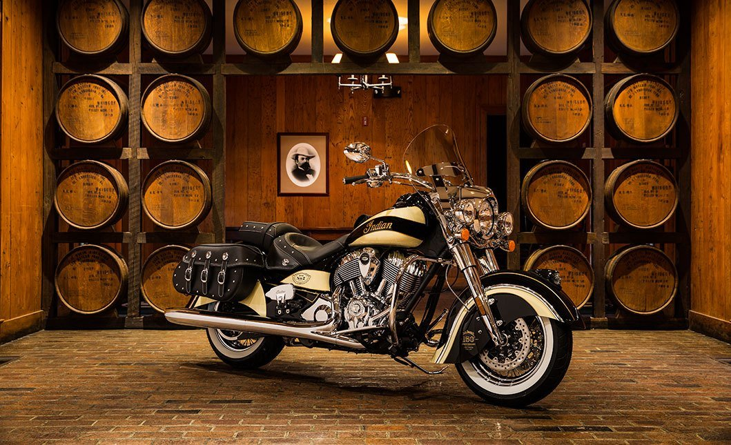 2016 Indian Chief® Vintage Jack Daniel's® Limited Edition in Auburn, Washington