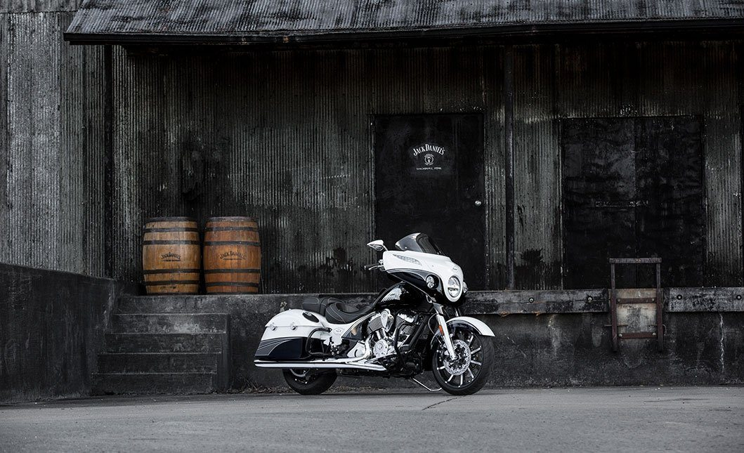 2017 Indian Chieftain® Jack Daniel's® Limited Edition in Mineola, New York