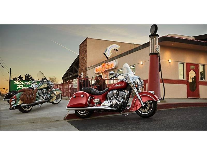 2017 Indian Springfield™ in Lowell, North Carolina