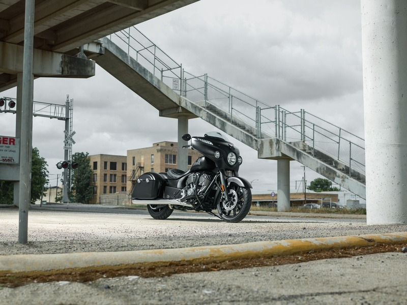 2018 Indian Chieftain® Dark Horse® ABS in Savannah, Georgia - Photo 8