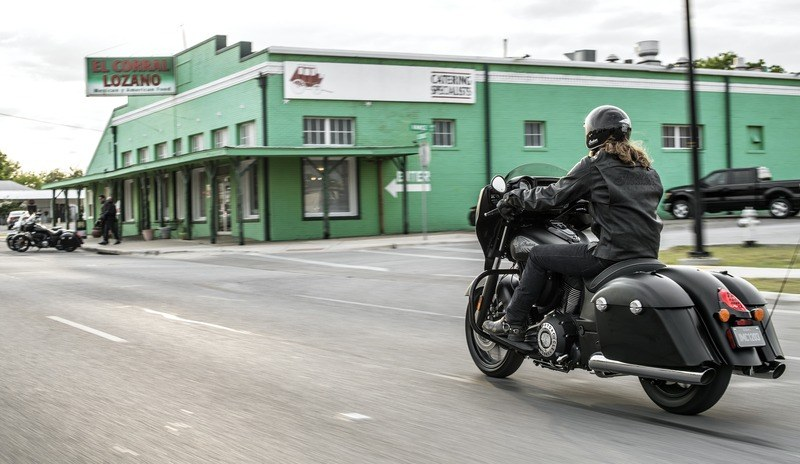 2018 Indian Chieftain® Dark Horse® ABS in Savannah, Georgia - Photo 19
