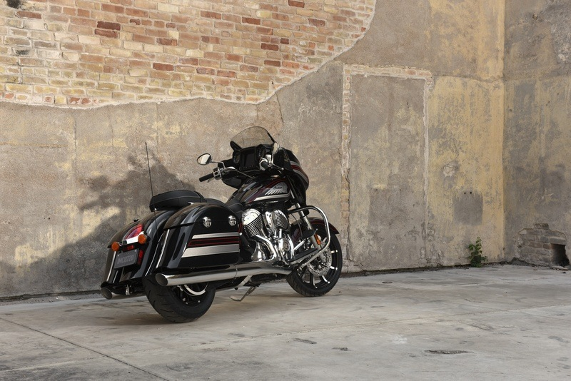 2018 Indian Chieftain® Limited ABS in Saint Michael, Minnesota - Photo 15