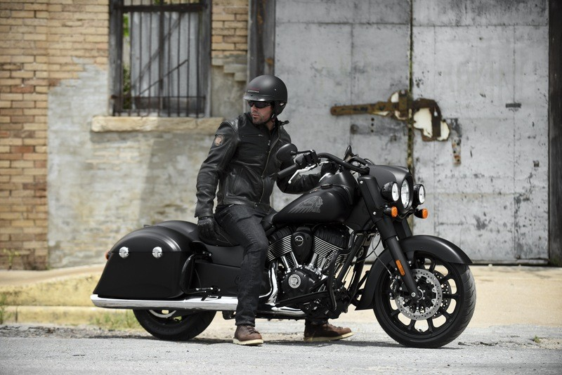 2018 Indian Springfield™ Dark Horse in Dublin, California