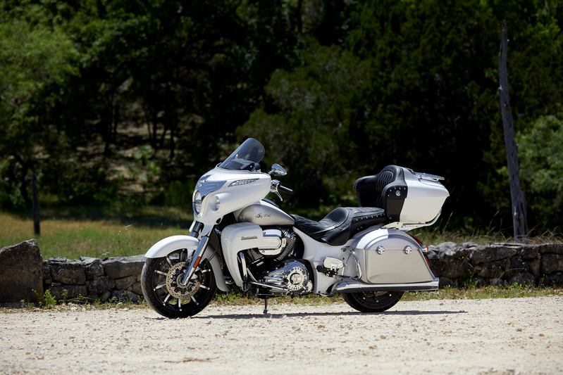 2018 Indian Roadmaster® ABS in Saint Michael, Minnesota - Photo 17