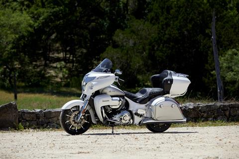 2018 Indian Roadmaster® ABS in Ferndale, Washington - Photo 17