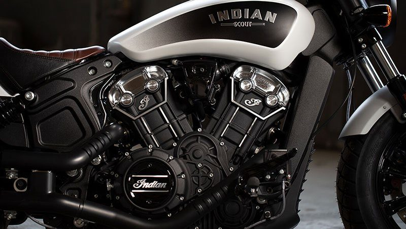 2019 Indian Scout® Bobber in Racine, Wisconsin - Photo 3