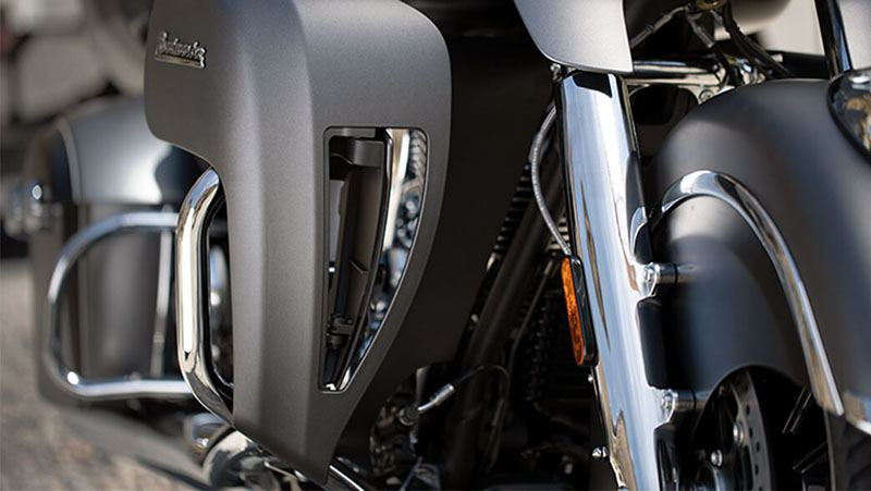 2019 Indian Roadmaster® ABS in Racine, Wisconsin - Photo 13