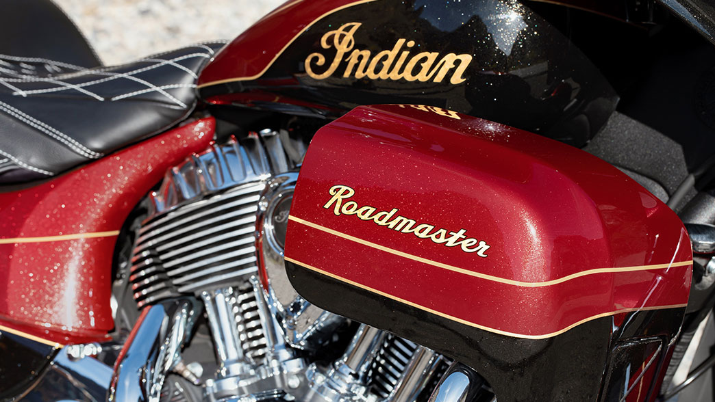 2019 Indian Roadmaster® Elite ABS in Westfield, Massachusetts - Photo 3