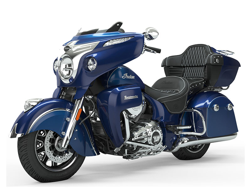 2019 Indian Roadmaster® Icon Series in Saint Paul, Minnesota - Photo 2