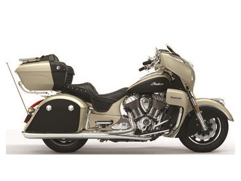 2020 Indian Roadmaster® Icon Series in Hollister, California - Photo 2