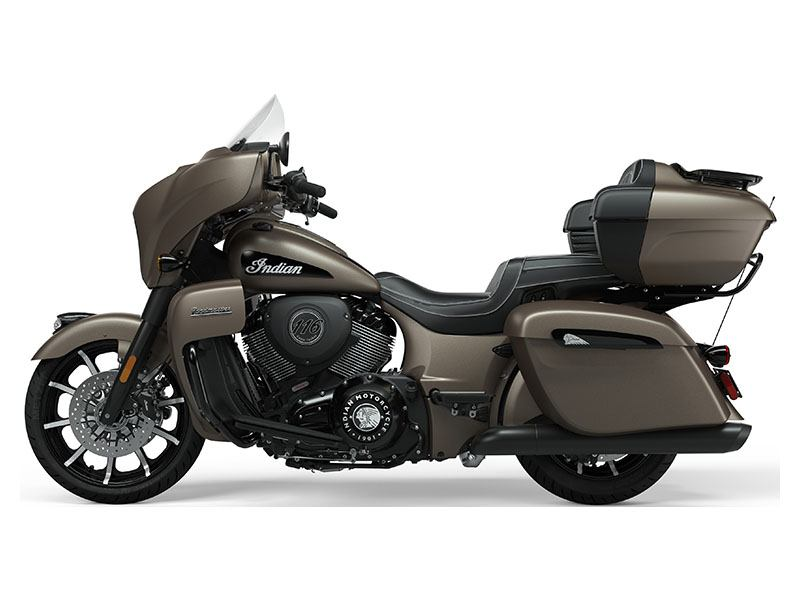 2021 Indian Roadmaster® Dark Horse® in Farmington, New York - Photo 4