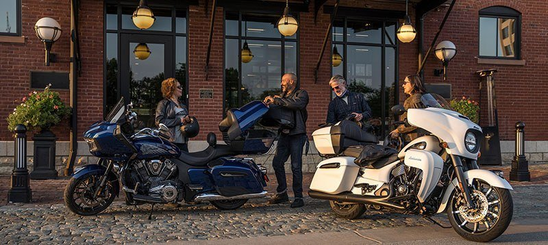 2021 Indian Roadmaster® Dark Horse® in Lake Villa, Illinois - Photo 9