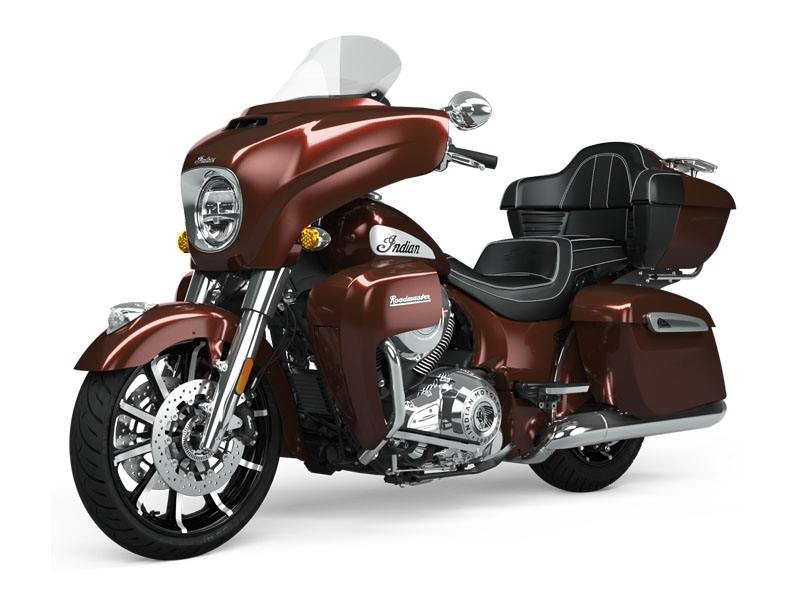 2021 Indian Roadmaster® Limited in Saint Clairsville, Ohio - Photo 2