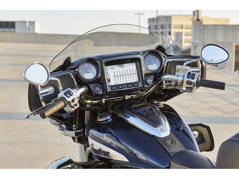 2021 Indian Roadmaster® Limited in De Pere, Wisconsin - Photo 10