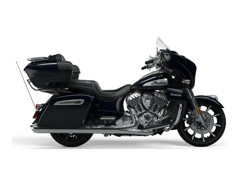 2021 Indian Roadmaster® Limited in Hollister, California - Photo 3