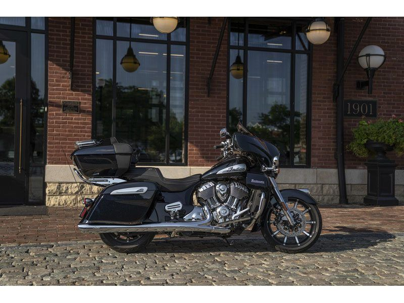 2021 Indian Roadmaster® Limited in Hollister, California - Photo 8