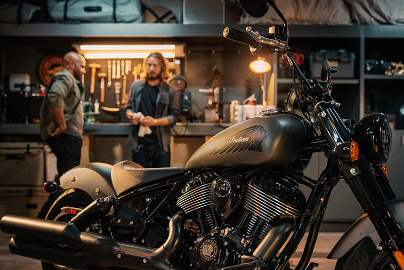 2022 Indian Chief Bobber Dark Horse® in Adams Center, New York - Photo 15
