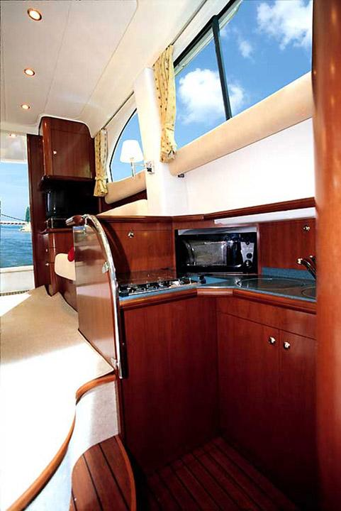 2007 Jeanneau Prestige 36 in Memphis, Tennessee - Photo 7