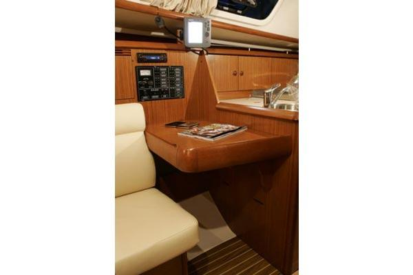 2007 Jeanneau Sun Odyssey 32i in Memphis, Tennessee - Photo 9