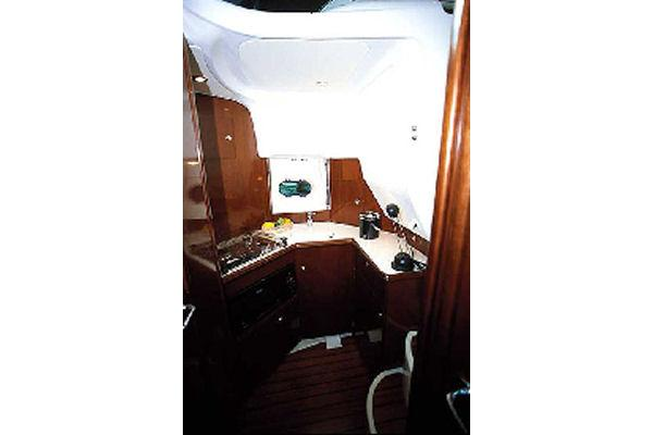 2009 Jeanneau Prestige 32. in Memphis, Tennessee - Photo 8