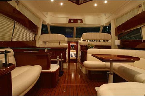 2009 Jeanneau Prestige 42. in Memphis, Tennessee - Photo 10