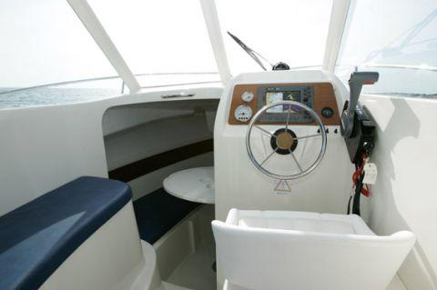 Helm Position - Photo 9