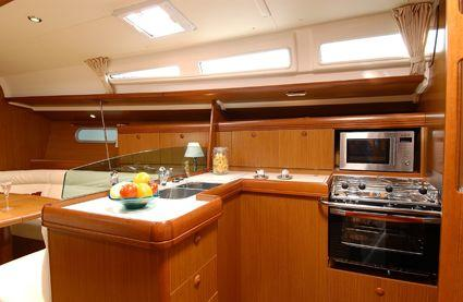2009 Jeanneau Sun Odyssey 42i in Memphis, Tennessee - Photo 14