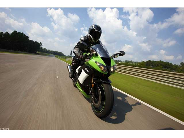 2009 Kawasaki Ninja® ZX™-10R in Oakdale, New York