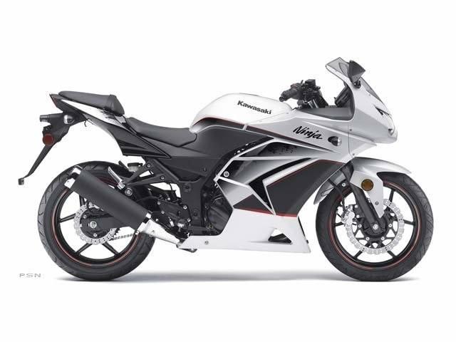 Used 2011 Kawasaki Ninja® 250R Motorcycles in Shawnee, OK | Stock ...
