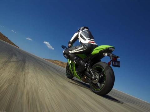 2011 Kawasaki Ninja® ZX™-10R in Fremont, California - Photo 10