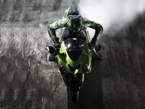 2011 Kawasaki Ninja® ZX™-14 in Sanford, Florida - Photo 5