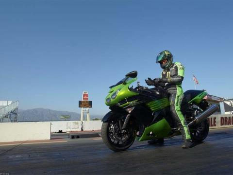 2011 Kawasaki Ninja® ZX™-14 in Sanford, Florida - Photo 8