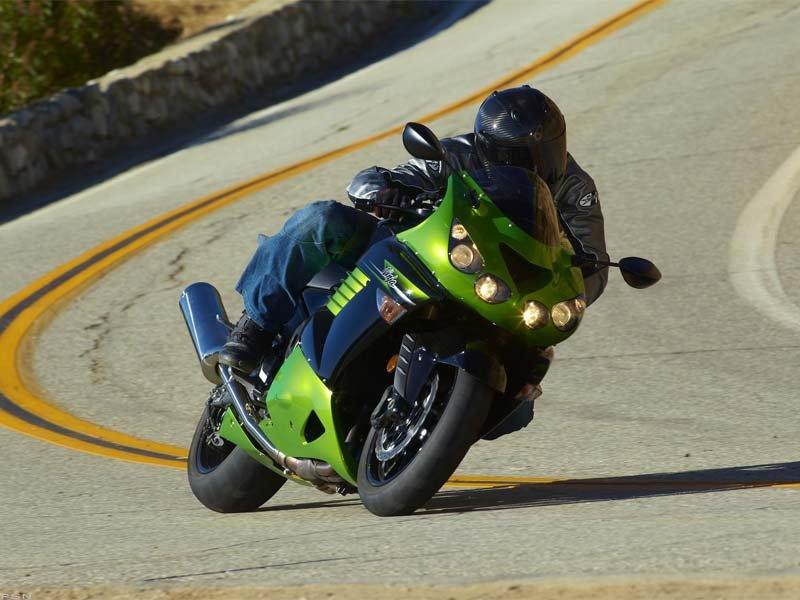 2011 Kawasaki Ninja® ZX™-14 in Sanford, Florida - Photo 10